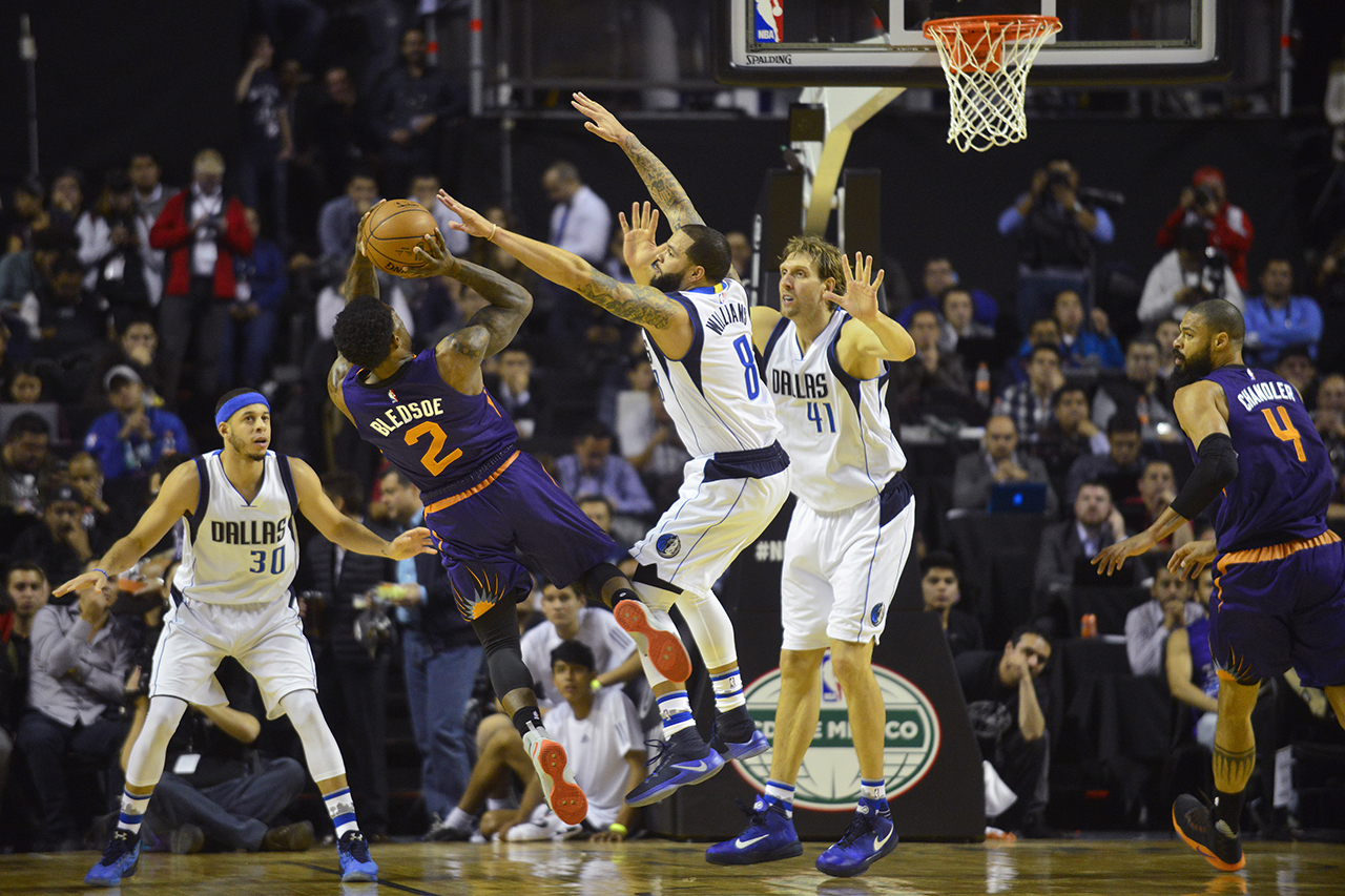 2017 NBA Global Games - Dallas Mavericks v Phoenix Suns - Mexico City